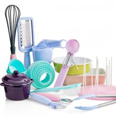 CAKE AND BAKING ACCESSORIES